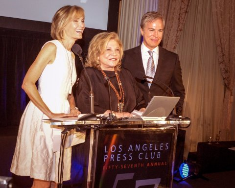 Wallis Annenberg (center) presented Willow Bay with the Los Angeles Press Club's Joseph M. Quinn Award for Lifetime Achievement