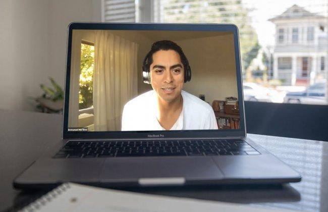 Conversations with Career Professionals: Emmanuel Martinez '14