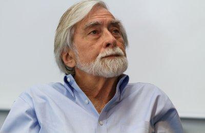 Robert Scheer