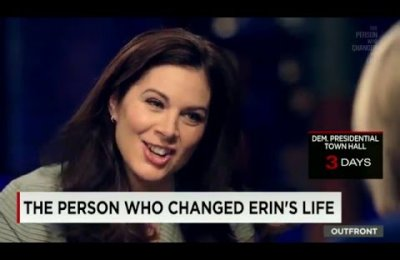School of Journalism Director Willow Bay in conversation with CNN's Erin Burnett