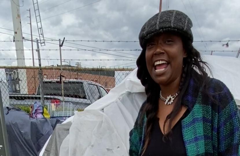 Photo of Natosha, a houseless resident in Los Angeles' Skid Row
