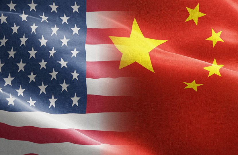 Collage of the US and Chinese flag