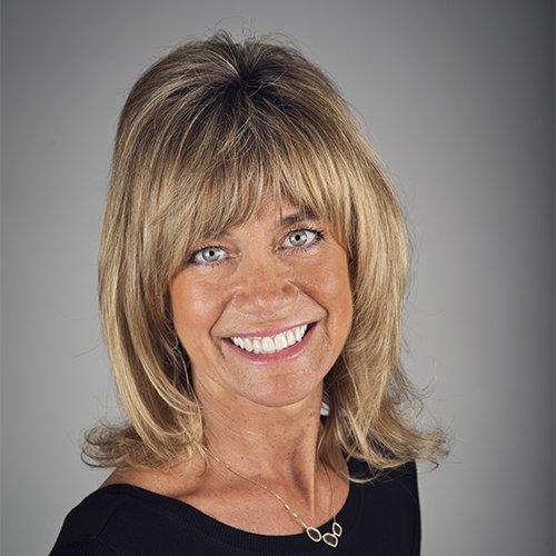 Photo of Toni Erickson Knight